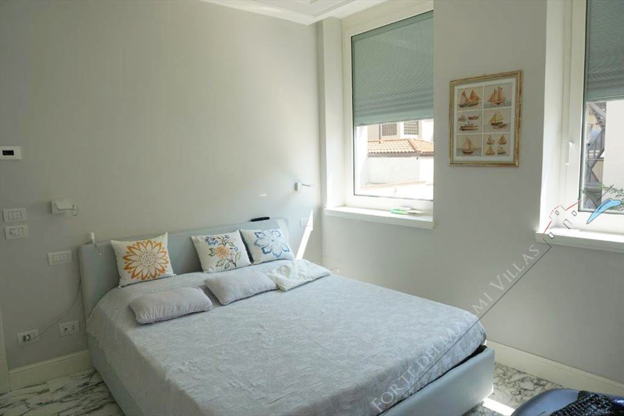 Appartamento Midho : Camera matrimoniale