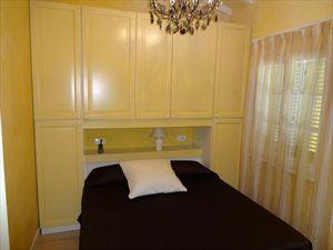Villetta Fronte Mare  : спальня с двуспальной кроватью