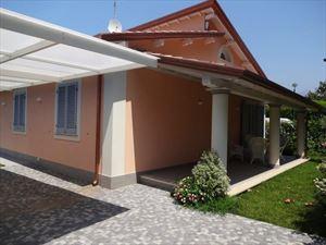 Villa Rossella  - Detached villa Forte dei Marmi