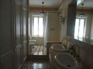 Villa Liguria  : Bathroom with shower