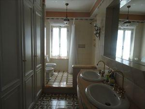 Villa Liguria  : Bathroom with shower