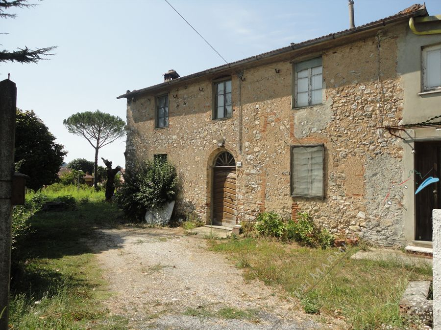 Rustico con parco  Exclusive  sales  country house for sale Camaiore