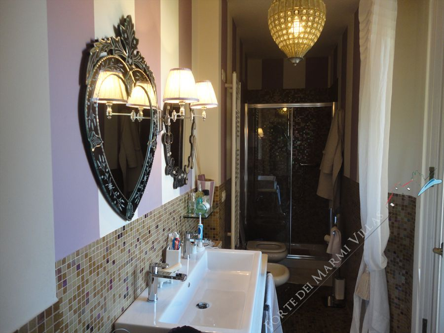 Appartamento Miramare  : Bathroom with shower