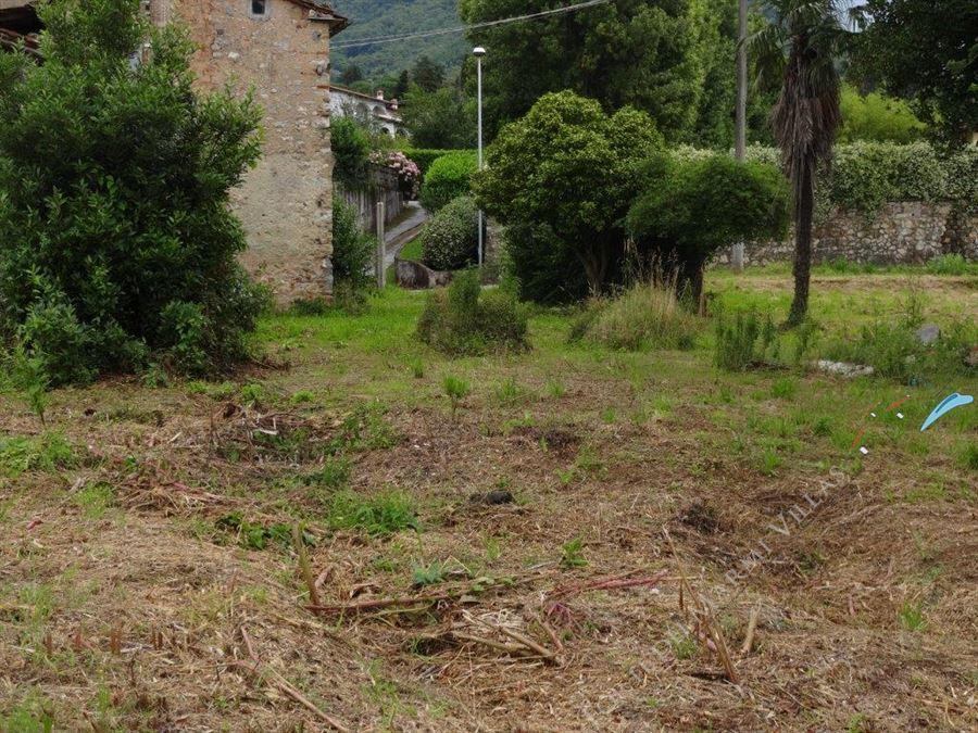 Rustico con parco in esclusiva  : Outside view