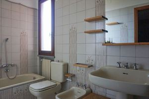 Villa Morena : Bathroom with tube