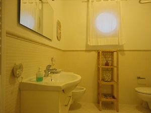 Villa Edera : Bathroom with shower