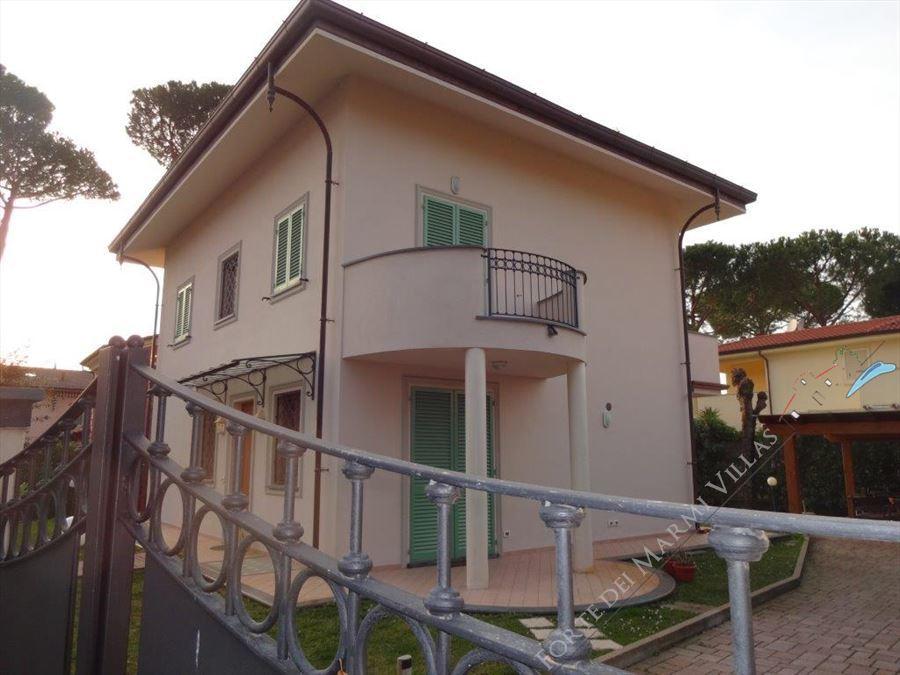 Villa Clivia Forte - Detached villa Forte dei Marmi