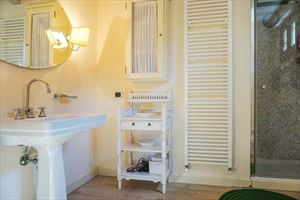 Appartamento Mediceo : Ванная комната