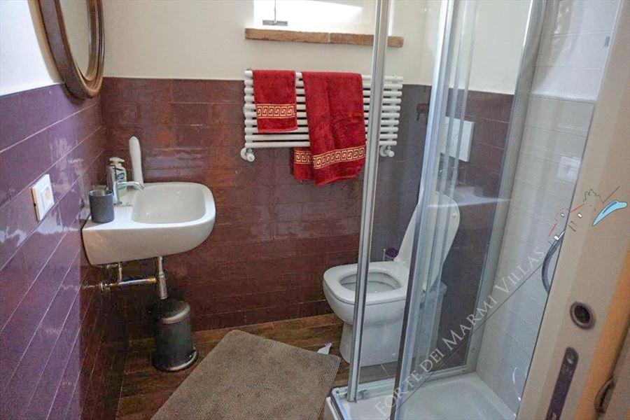 Villa Sorriso : Bagno con doccia