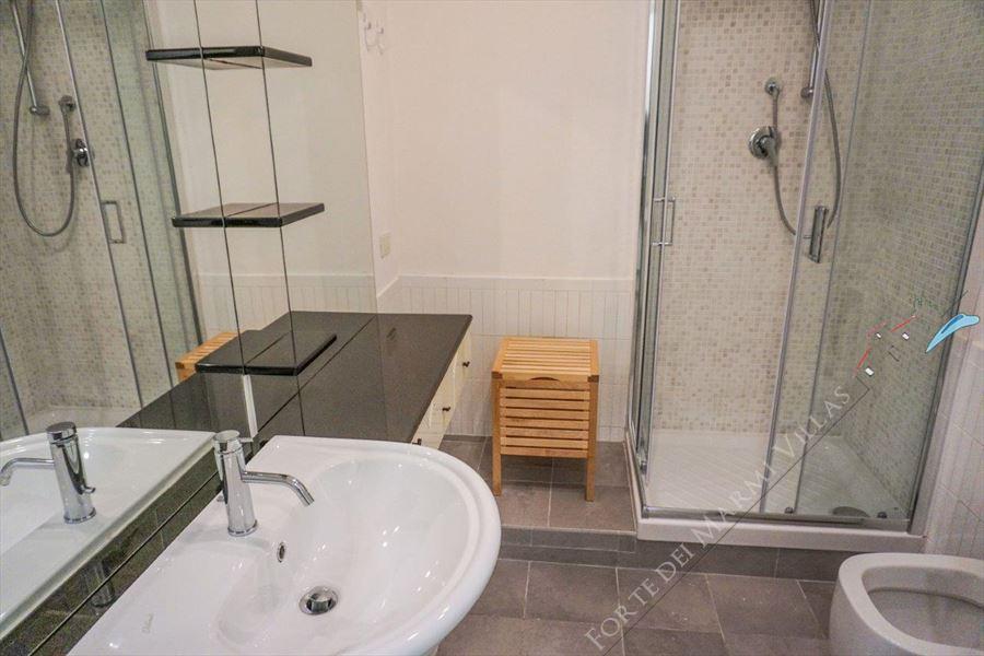 Villa Maestrale : Bagno con doccia