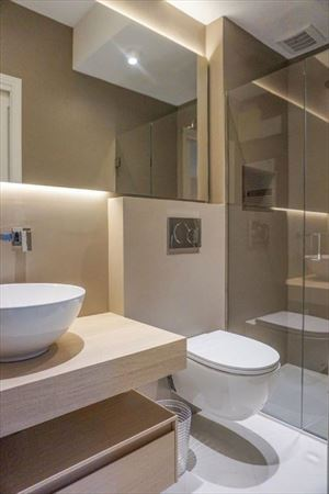 Villa Giulia : Bathroom with shower