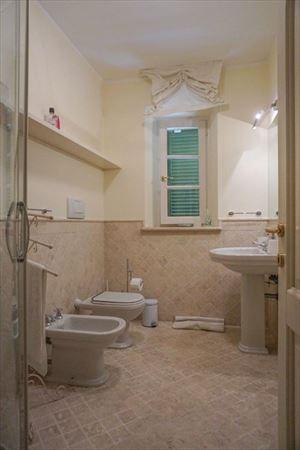 Villa Maddalena : Ванная комната с душем