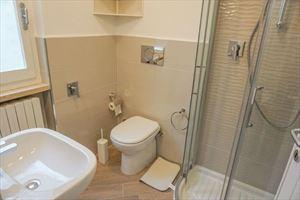 Villa Anna : Ванная комната с душем