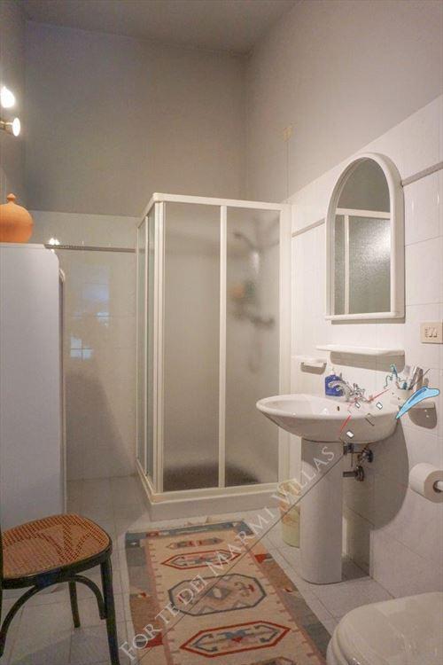Villa Pietra Serena : Bathroom with shower