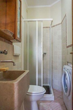 Villa Pietra Serena : Bagno con doccia