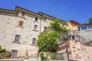 Villa Pietra Serena: Terraced villa Seravezza