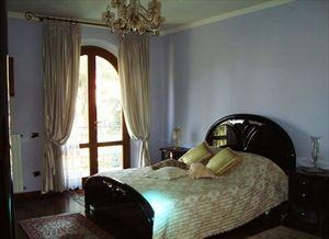 Villa Vlada   : спальня с двуспальной кроватью