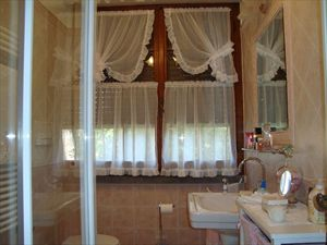 Villa Cesare : Bathroom with shower