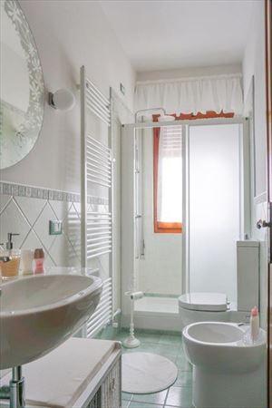 Villa Bixio : Ванная комната с душем