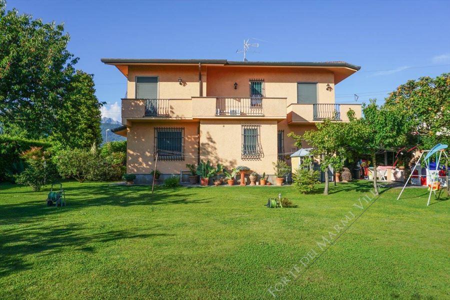 Villa Opportunity - Detached villa Forte dei Marmi