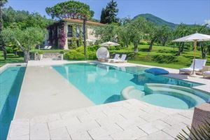 Villa Livia: Detached villa Camaiore