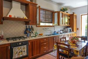 Villa Coriandolo : Kitchen