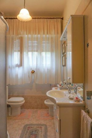 Villa Coriandolo : Bathroom with shower
