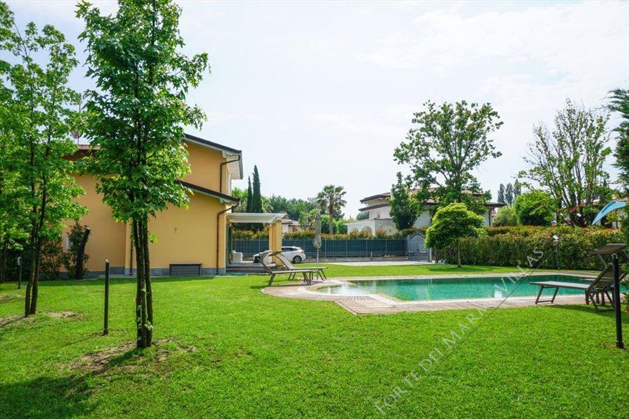 Villa Kathleen : Outside view