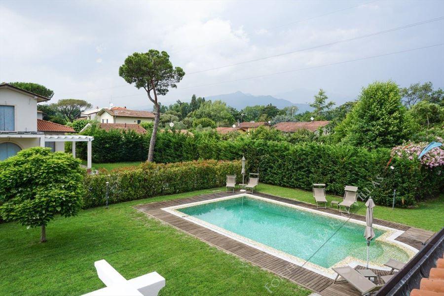 Villa Kathleen : Swimming pool