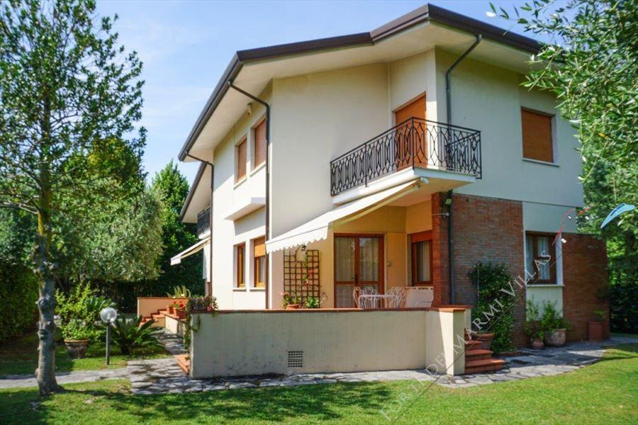 Продажа и покупка недвижимости в Камайор