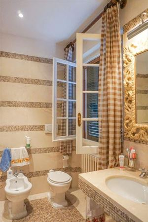 Villa  Principessa : Bathroom with tube