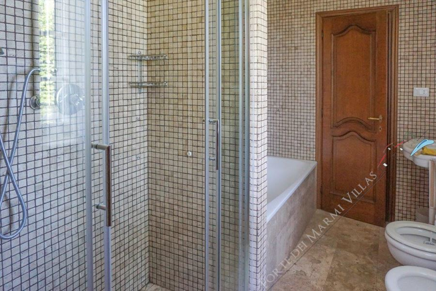 Villa  Principessa : Bathroom with shower