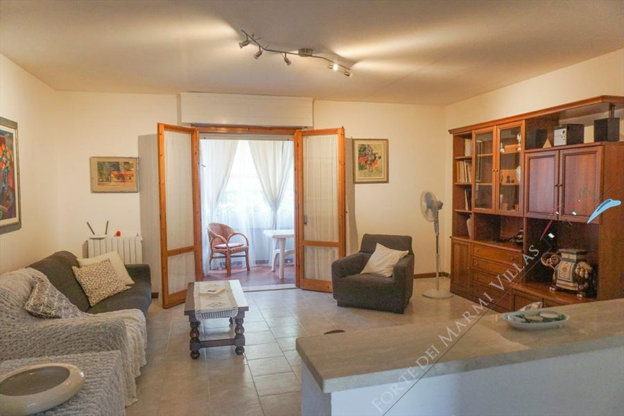 Appartamento Cigno - Apartment to Rent and for Sale Forte dei Marmi