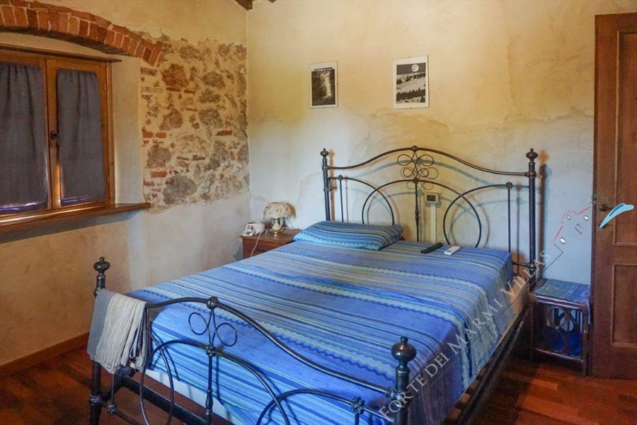 Villa Countryside Pietrasanta : Camera matrimoniale