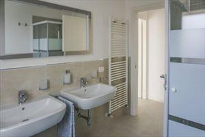 Attico Gilda : Ванная комната
