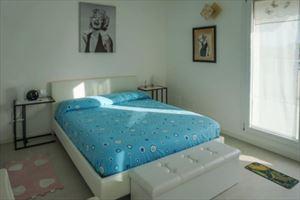 Attico Gilda : спальня с двуспальной кроватью