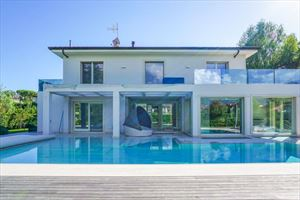Villa Paradise : detached villa to rent Centro Forte dei Marmi