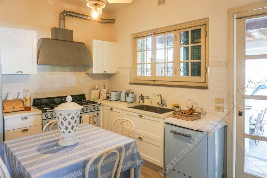 Villa Tiffany : Kitchen
