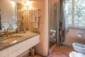 Villa dei Marmi : Bathroom with shower