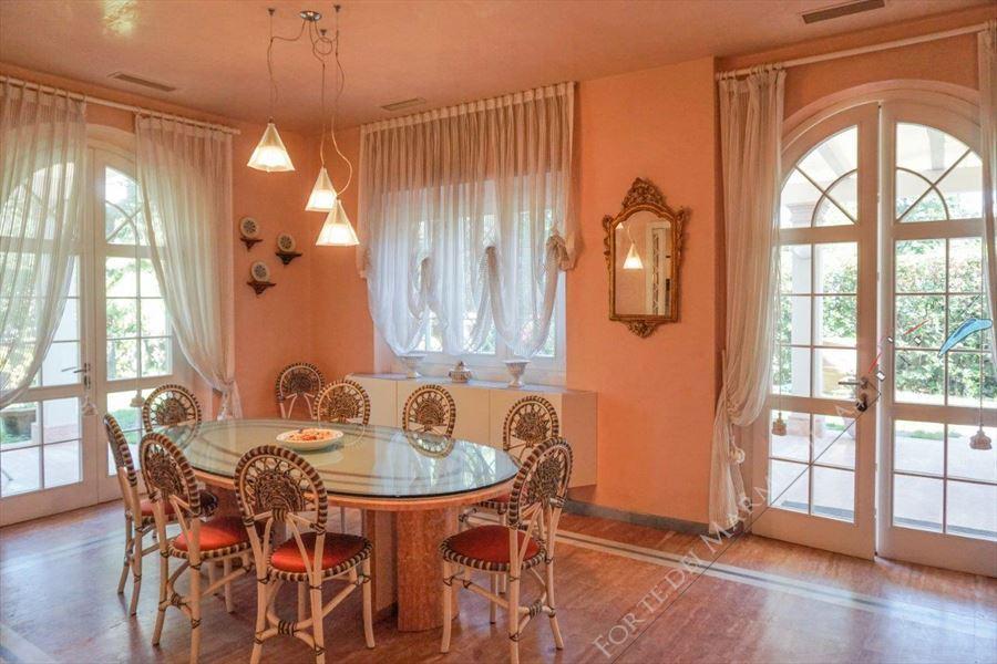 Villa dei Marmi : Dining room