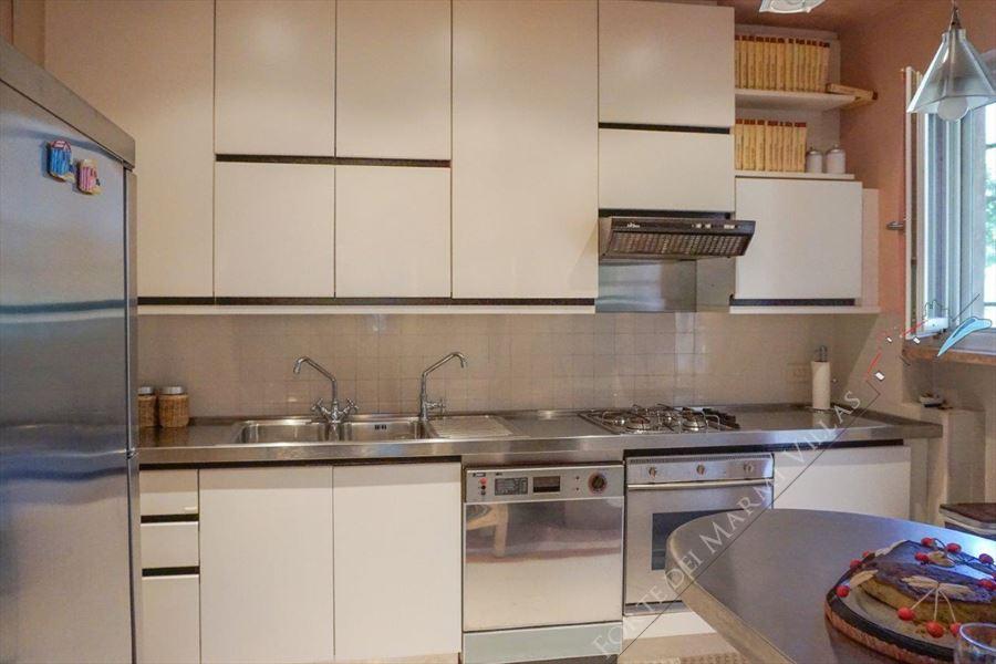 Villa dei Marmi : Kitchen