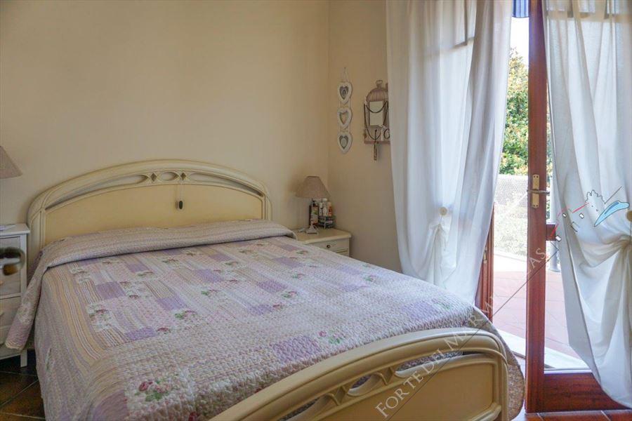 Camera Matrimoniale A Prato.Villa Prato Verde Villa Bifamiliare In Vendita A Forte Dei Marmi