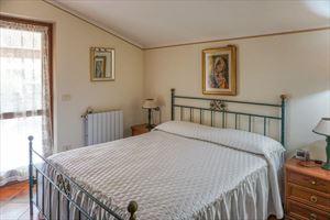 Villa Prato Verde : Camera matrimoniale