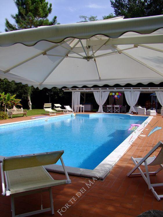 Villa  Ronchi Mare : Piscina