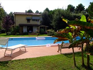 Villa  Ronchi Mare : detached villa to rent and for sale  Ronchi