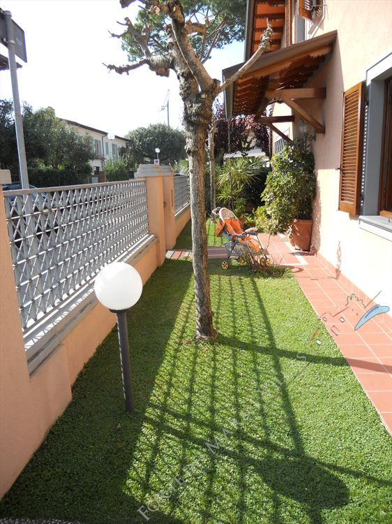 Villa del Centro  - Semi detached villa To Rent Forte dei Marmi