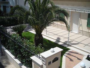 Villa    Petrosa  : Вид снаружи