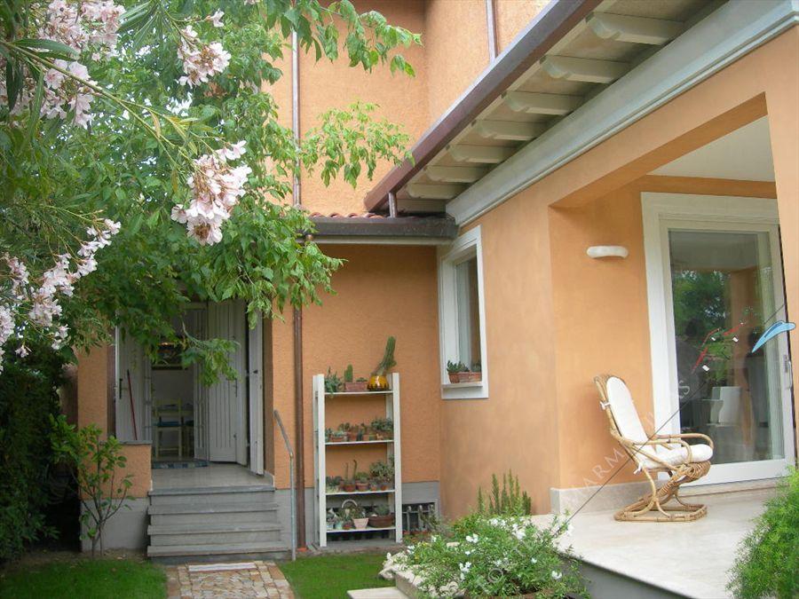 Villetta Camelia : Outside view