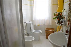 Villa  Sole Verde  : Bathroom with shower