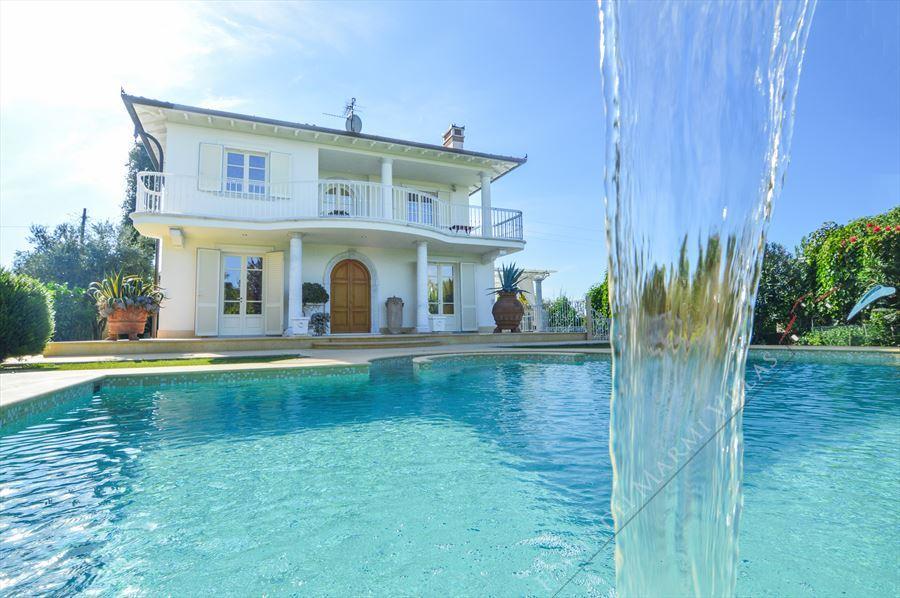 Villa Orchidea : Outside view